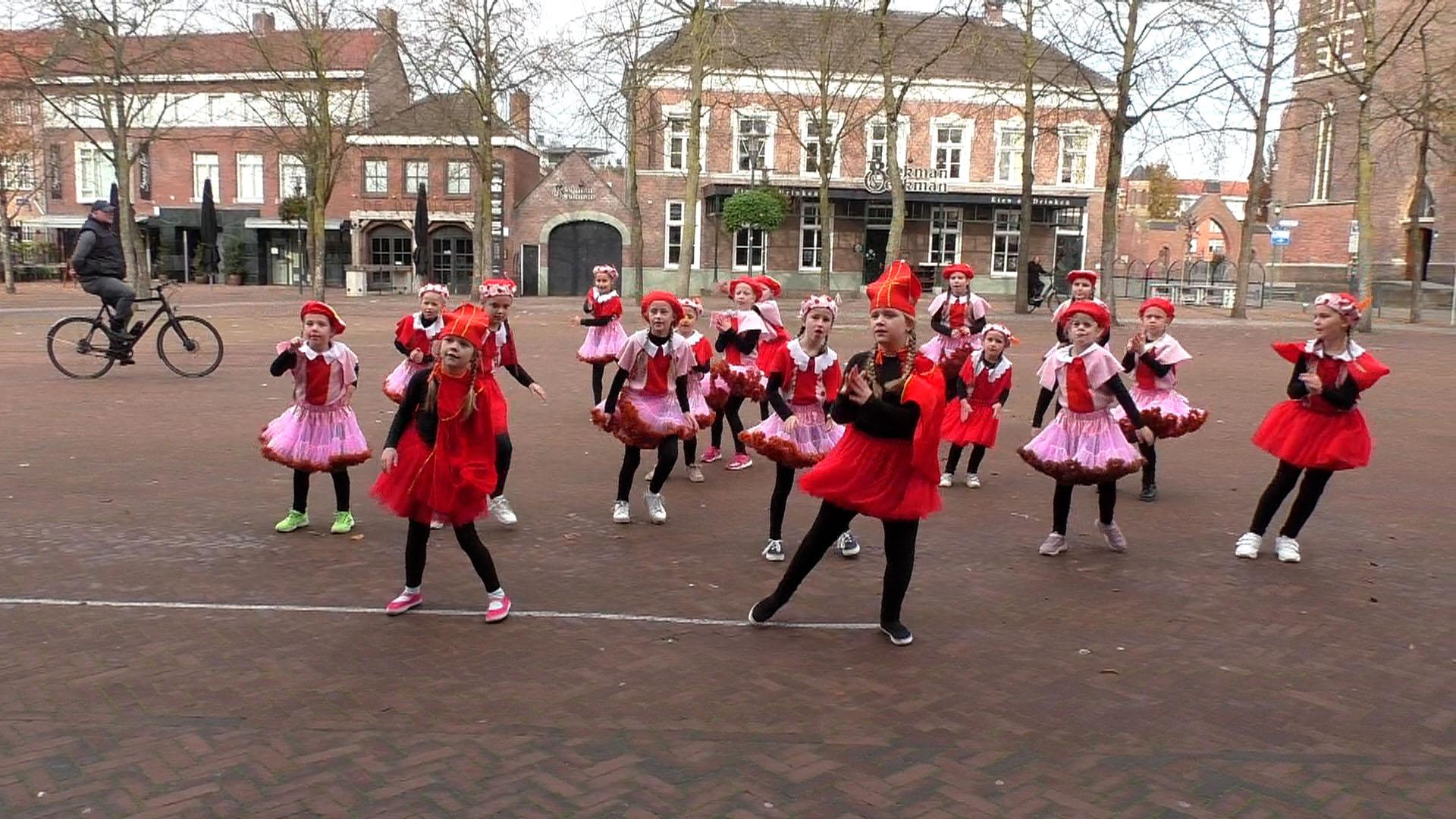 Ballet- en dansschool Loes heeft toch kunnen dansen !